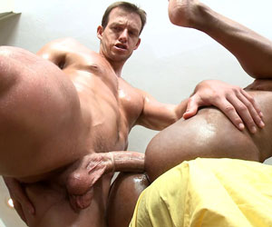 Two nice hard bodies going at it